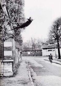 Klein_saut_vide